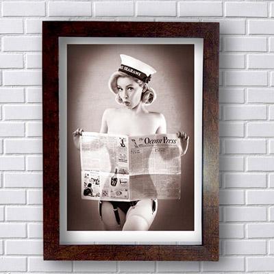 Quadro  Decorativo  A Mulher do Jornal